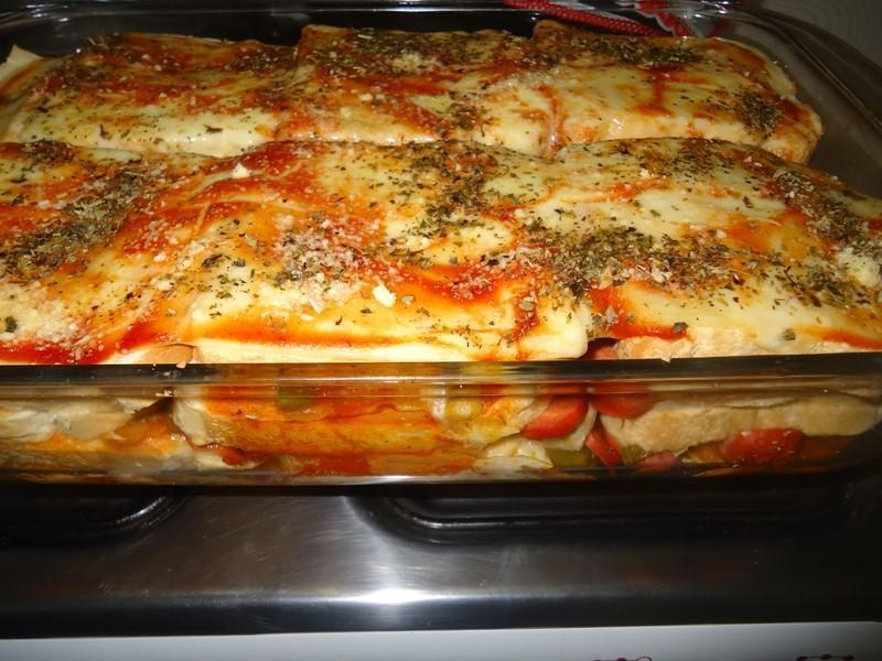 Lanche Delicioso de Cachorro quente de Forno - Lanche Delicioso de Cachorro quente de Forno