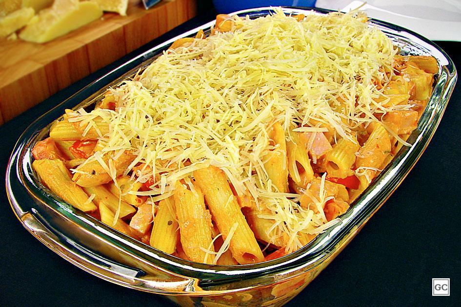 Macarrao na pressao com presunto e queijo - Macarrão na pressão com presunto e queijo
