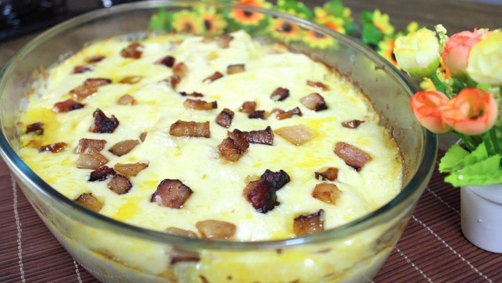 Mandioca de forno gratinada com bacon | Baú das DICAS