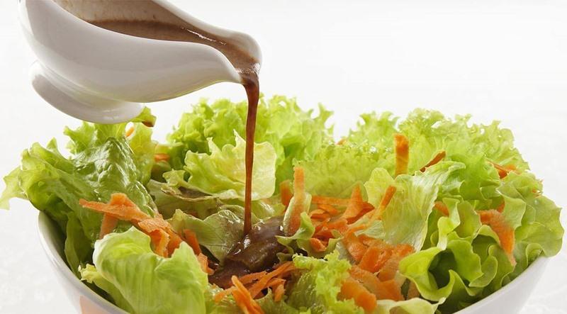 Salada ao Molho de Shoyu e Alho - Salada ao Molho de Shoyu e Alho