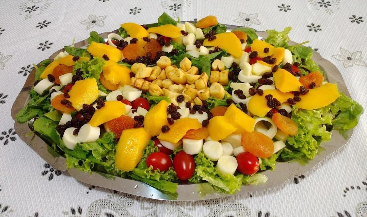 Receita de Salada Tropical Light
